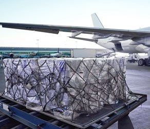 Cargo-Loading-Aircraft-On-Ground