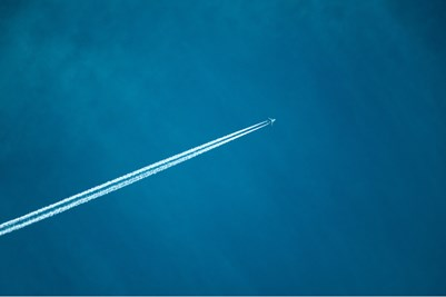 Aircraft-Sky-Contrail