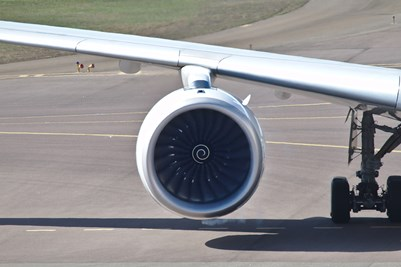 Embraer-190-Engine-Wing